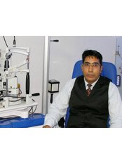 Harpreet Eye & Dental Care Centre & Lasik Centre - Dr Hrpreet Singh eye  surgeon jalandhar