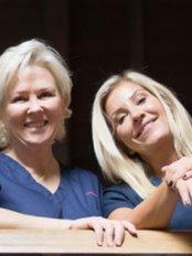 Dr Nicola Willis - Medical Aesthetics Clinic in the UK