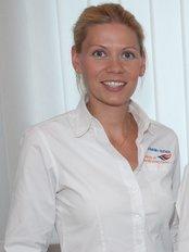Zahnarztpraxis im Gesundbrunnencenter Berlin - team of doctors