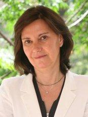 Dra. Cristina Villanueva - Medical Aesthetics Clinic in Spain