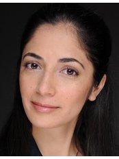 Forest Eye Surgery - Dr Dana Robaei
