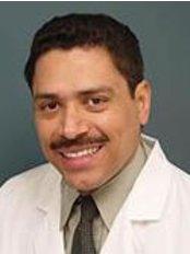 Dr. Porfirio Castillo Campos - Loma Hermosa - Plastic Surgery Clinic in Mexico