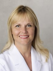 Dr. Lisa Lindstrom - Dentistry on the Avenue - Dr. Lisa Lindstrom