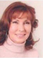 Docteur Régine Bousquet Rouaud Dermatologue - Medical Aesthetics Clinic in France