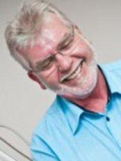 North Shore Dental - Paradise Point - George Strachan