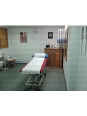 Nine Elms Osteopathy - Nine Elms Osteopathy treatment room at Southbank Club