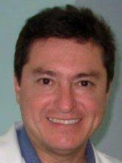 Dr. Lucas Cantú & Asoc. - Dental Clinic in Mexico