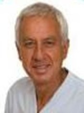 Dr. Horacio Cardozo - Dental Clinic in Argentina