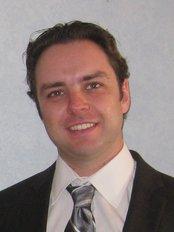 Clinica Cirurgia Plástica - Dr Marco Losso Longo - Dr Marco Losso Longo - Cirurgião Plástico