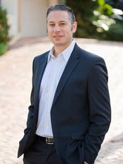 Dr Sean Simon, MD - Plastic Surgery Clinic in US