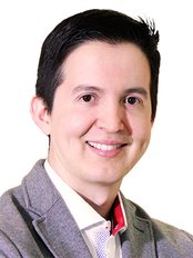 David Delgado - Plastic Surgery Clinic in Colombia