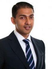 Dr. Nikhil Kumar - Vision Clinic Sydney - Eye Clinic in Australia