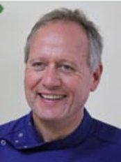 Circus Dental Practice - Dr Gordon Henderson