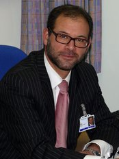 Comwell Breast Surgeon - Plastic Surgery Clinic in the UK