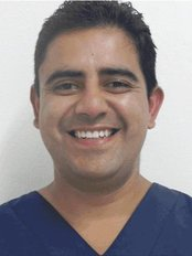 Dentists in Mexico - Implants, Extreme Makeovers! - Dr Antonio Cook Caballero