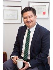 Dr. Andaç Barkın Bavbek - Zahnarztpraxis in der Türkei