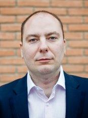 Helpdent Clinic - Dr Alexandru Burcea