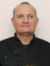 Cedars Dental Surgery - Dr Iain Manson
