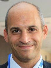 Luigi Maria Lapalorcia, MD - Plastic Surgery Clinic in Italy
