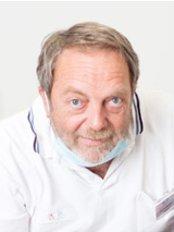 Mondzorg Clinic -  Oral care Clinics Waalwijk  - Dental Clinic in Netherlands