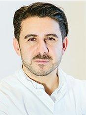 Dr. Ali Saalabian - Plastic Surgery Clinic in Austria
