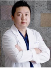 Creamy Clinic War - Plastic Surgery Clinic in South Korea