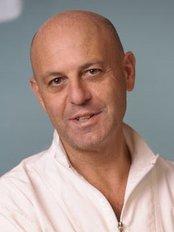 Dr.Fabio Maltese - Dr Fabio Maltese