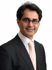 Davood Fallahdar - Plastic Surgery Clinic in the UK