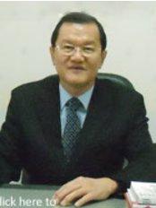Surabaya Hairtrans Clinic - dr.med.Bambang Soegianto