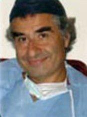Dottor Fabio Massimo Abenavoli -Roma Branch - Medical Aesthetics Clinic in Italy