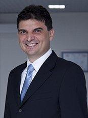 Dr. Yunus Yavuz - Bariatric Surgery Clinic in Turkey