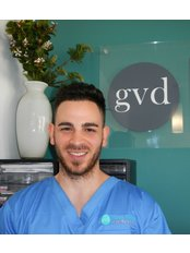 Green Valley Dental Centre - Peter Juwienat - Prosthetist