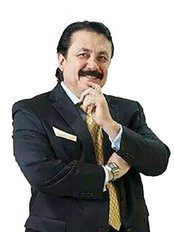 Dr. Alfredo Ponce - Plastic Surgery Clinic in Mexico