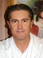 Denovo - János Zádori, M.D - Fertility Clinic in Hungary