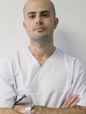 Dr. Cristo Bacallado - Dental Clinic in the