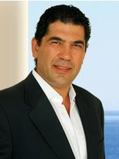 Dr Ioannis Lyras - Plastic Surgery Clinic in Greece