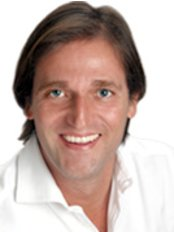Prof. Dr. Matteo D Ambrosio - Plastic Surgery Clinic in Italy
