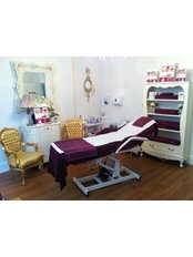 Harley Street Skin Clinic, Reigate - Treatment Room
