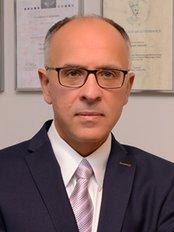 Specialist in Plastic Surgery - Dr Ireneusz Latkowski - Plastic Surgery Clinic in Poland