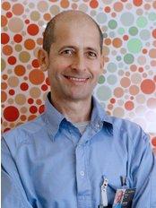 Dr. J. Ramis Matas - Dental Clinic in Spain