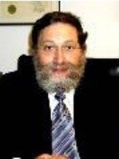 Dr. Gedaliah Mordechai Stern - Dental Clinic in Israel