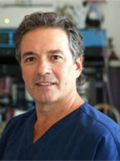 Dr. C.D. Bakala Facial Cosmetic and Laser Surgery - Plastic Surgery Clinic in Canada