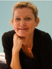 Dr. Isabelle Clary - Dermatology Clinic in France