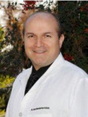 Fresno Smile Makeovers - Dental Clinic in US
