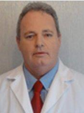 Eduardo Sitnoveter - Plastic Surgery Clinic in Brazil