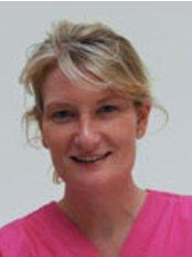 No.5 Dental Care - Dr Emma Clayton-Jones