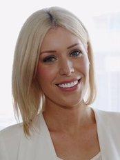 The Look Studio, Eyebrow Feathering - Beauty Salon in Australia