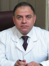Dr. Majid al-Sheikh - Stars Laser Clinic - Medical Aesthetics Clinic in Egypt
