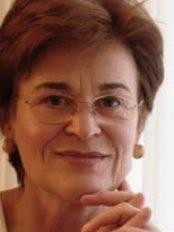 Dr Elisabeth Würinger - Plastic Surgery Clinic in Austria