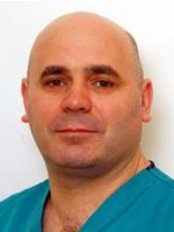 Chirurgia Estetica: Dott. Antonio Capraro - Villa Luisa - Plastic Surgery Clinic in Italy